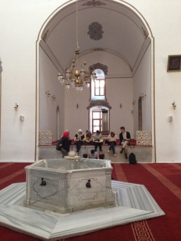 Students drawing in the Hudavengir Mosque