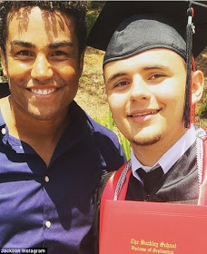 wpid-293ae9bc00000578-3104744-image-a-1_1433087394810 Michael Jackson's son Prince graduates from High School