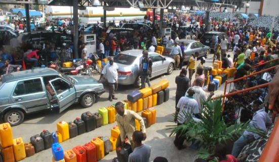 FuelcrisisatCapitalOilfillingstation1 Marketers Run Out Of Bank Credit, Fuel Scarcity Continues