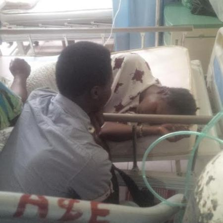 wpid15397-a 18 year old girl tries to commit suicide after boyfriend dumped her (photos)
