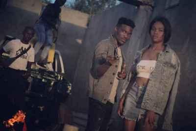 Deejay Zebra SA – Massive Light Mp3 download