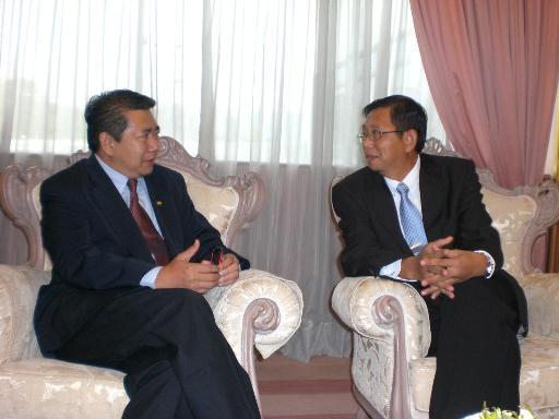 Salahuddin kunjungi MB Perak baru