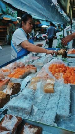 Aneka kue tradisional khas Bangkok