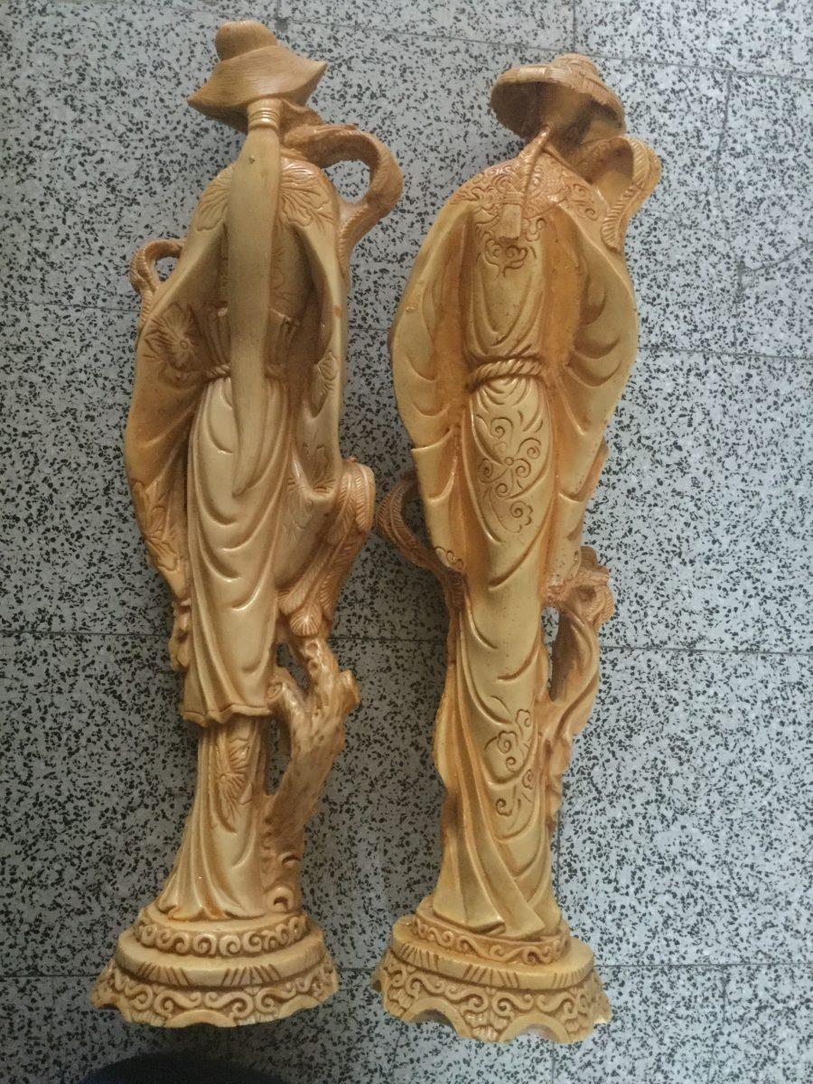 statuettes couple chinois demandez