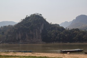 The 1000 Bhudda cave is quite a touristic spot, but it's definitely a must see and the banana boat ride over the Mekong is fun!