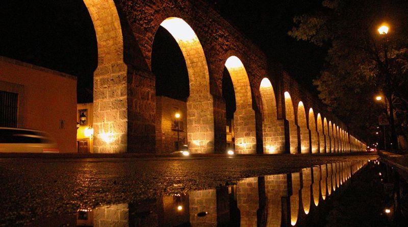 Acueducto de la ciudad de Valladolid hoy Morelia.