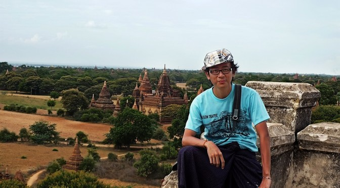Setting Foot in Burma: Wearing a Peso (Sarong) for First Time