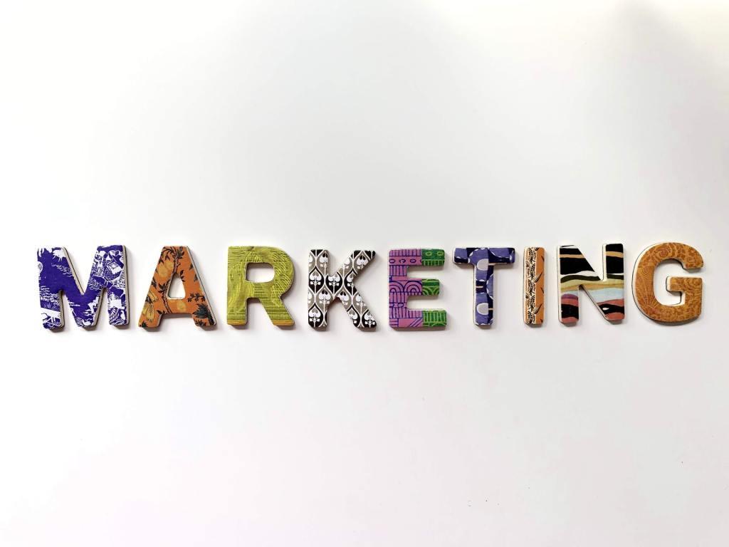 marketing sekolah