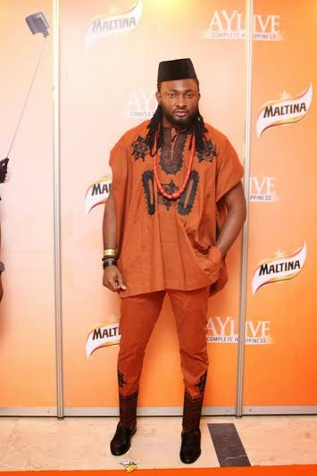 Mr Uti In Short Sleeve Top And Matching Trousers Dashiki Native Style 2017