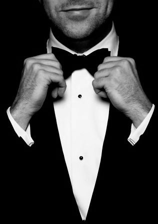 TUXEDO GUIDE - THE BLACK TIE DRESS CODE FOR A GENTLEMAN AND HIS LADY