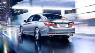 2 - 2016-honda-accord-sedan-rear-1