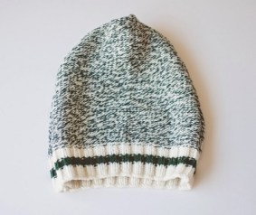 diy-beanie-from-sweater-3