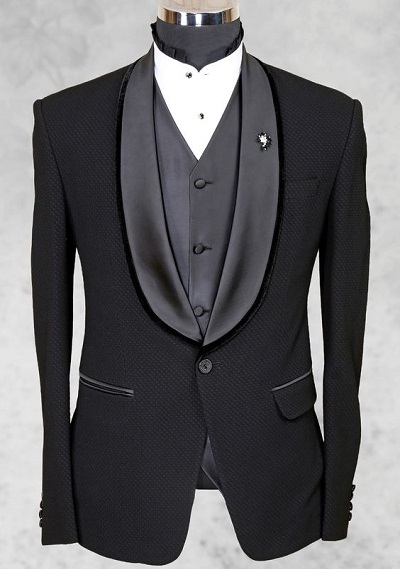 "jetted and flap ""out"" jacket pocket style on tuxedo"