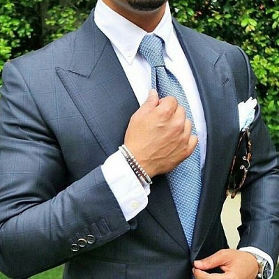 Accessories for Gray Suit