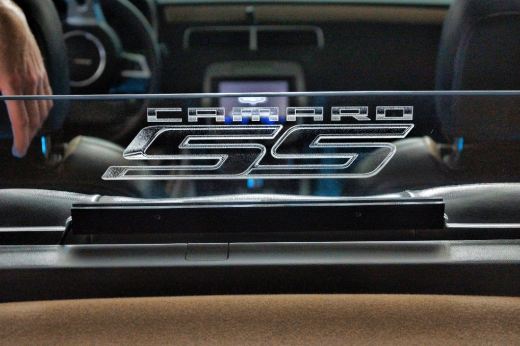 Chevy Camaro SS Wind Deflector Etched