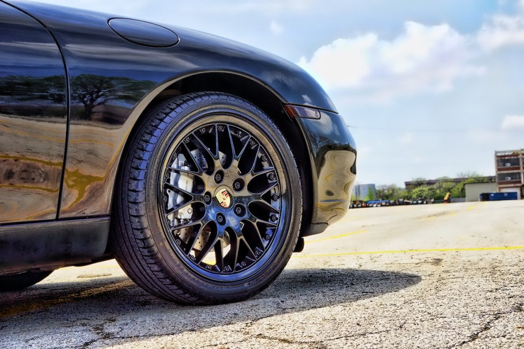 Black Powder Coated Rim Porsche 911