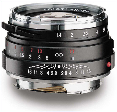 voigtlander nokton classic 40mm f1.4 lens