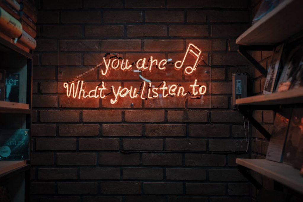 藍芽耳機推薦中景科技 S88 藍牙 4.2 極致音感鋁質耳機 1