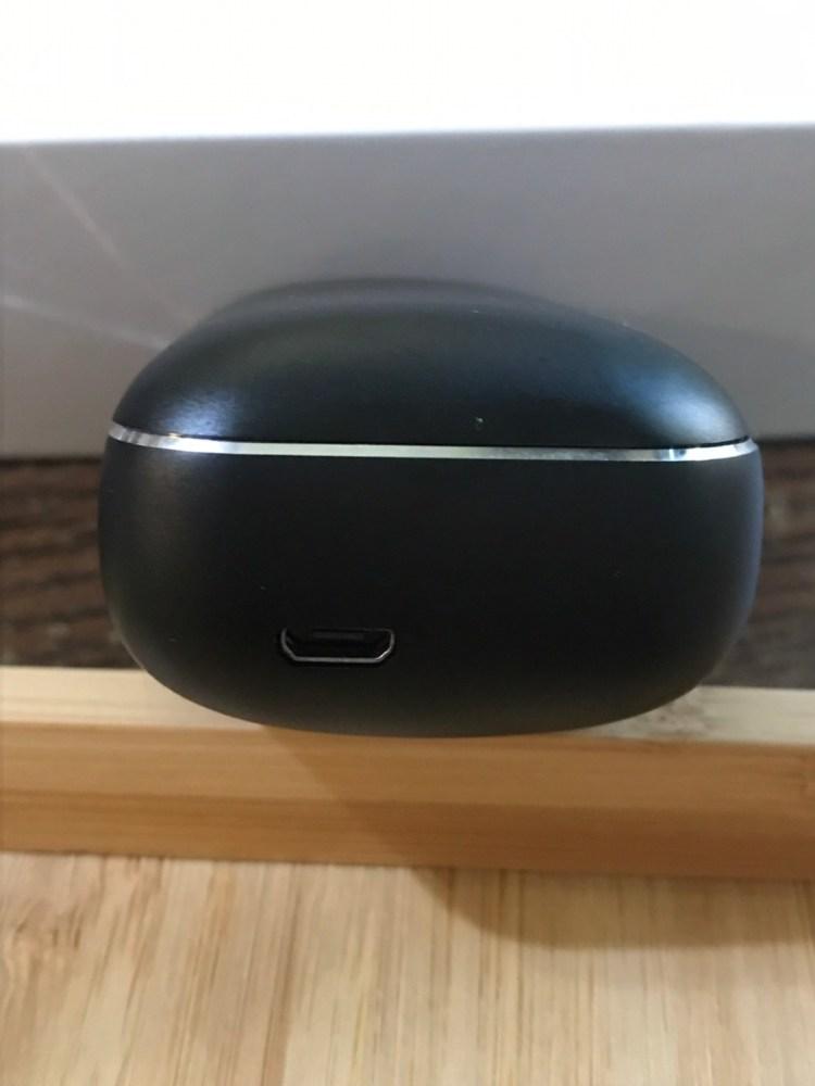 UTMall 嚴選 X13 全金屬無線智能藍芽耳機開箱評測 4