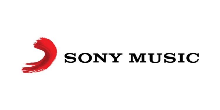 電音妖精 Grimes 據傳將脫離獨立音樂廠牌 4AD 轉向主流音樂圈 Columbia Records 1