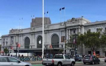 Apple開始替WWDC2016比爾·格雷厄姆市政禮堂發表會場佈置