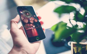 2017新年快樂iPhone免費煙火桌布下載