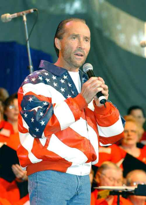 Lee Greenwood, country singer, Mr. Media Interviews