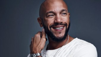 The Mo'Kelly Show – Stephen Bishop and 'Coins for Christmas' (AUDIO)