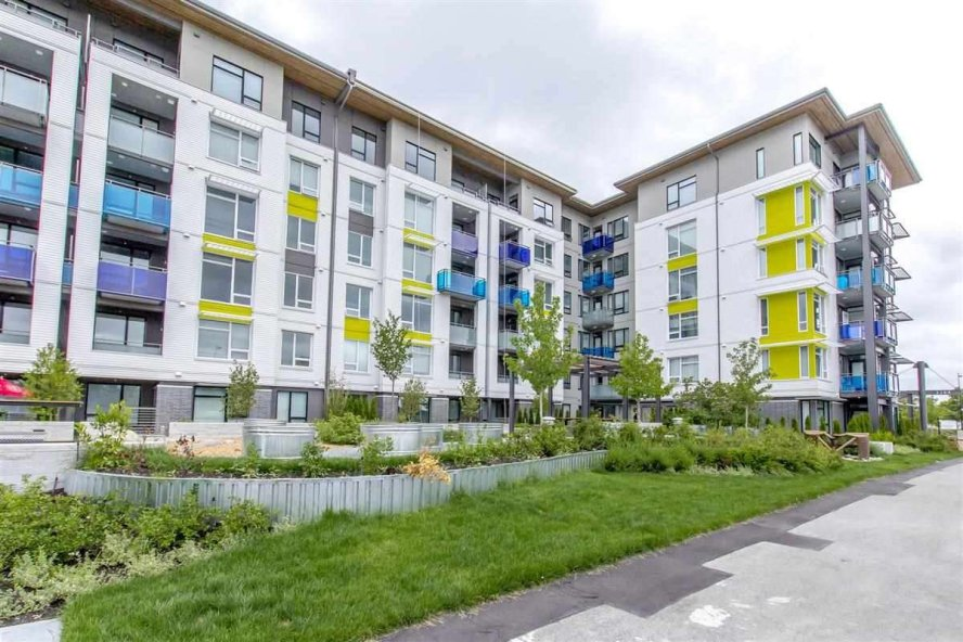 "Main Photo: 101 3289 RIVERWALK Avenue in Vancouver: South Marine Condo for sale in ""R+R"" (Vancouver East)  : MLS®# R2463417"
