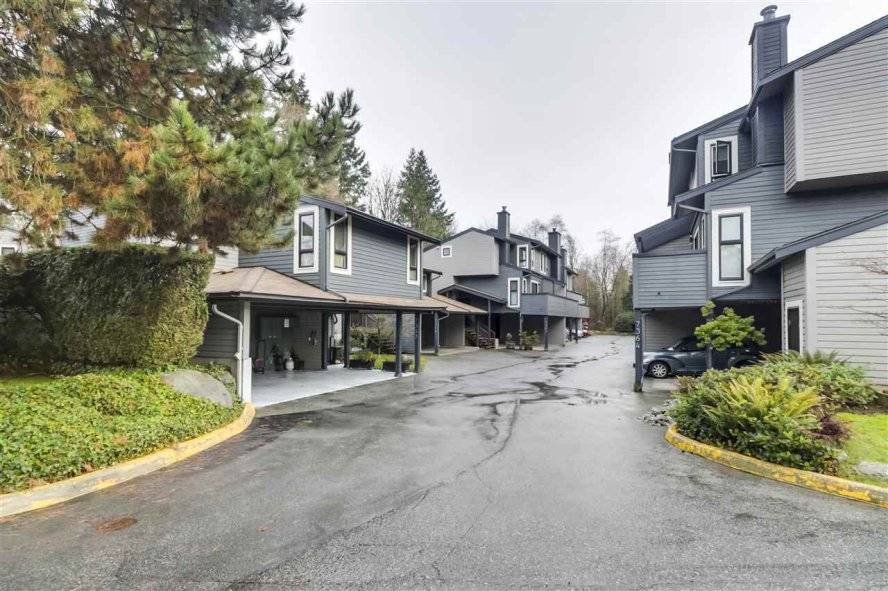 """Main Photo: 7375 PINNACLE Court in Vancouver: Champlain Heights Townhouse for sale in """"PARK LANE"""" (Vancouver East)  : MLS®# R2528070"""