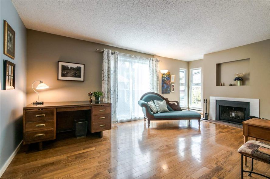 """Main Photo: 7401 ECHO Place in Vancouver: Champlain Heights Townhouse for sale in """"Park Lane"""" (Vancouver East)  : MLS®# R2348803"""