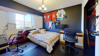 Photo 19: 7437 STIRLING Street in Vancouver: Fraserview VE House for sale (Vancouver East)  : MLS®# R2528776