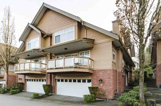 """Photo 2: 39 5201 OAKMOUNT Crescent in Burnaby: Oaklands Townhouse for sale in """"HARTLANDS"""" (Burnaby South)  : MLS®# R2515415"""