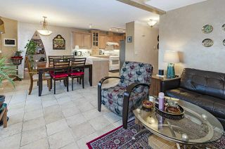 """Photo 11: 39 5201 OAKMOUNT Crescent in Burnaby: Oaklands Townhouse for sale in """"HARTLANDS"""" (Burnaby South)  : MLS®# R2515415"""