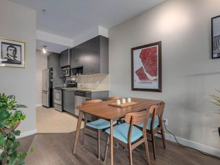 """Photo 8: 309 707 E 20TH Avenue in Vancouver: Fraser VE Condo for sale in """"BLOSSOM"""" (Vancouver East)  : MLS®# R2404449"""