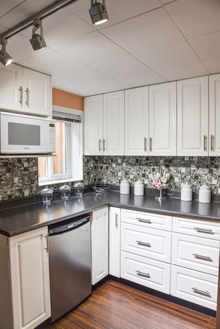 Photo 14: 3227 E 51ST Avenue in Vancouver: Killarney VE House for sale (Vancouver East)  : MLS®# R2444421