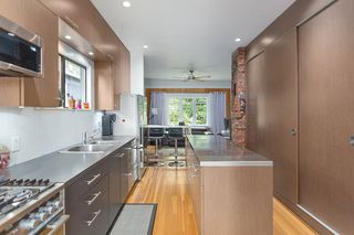 Photo 7: 5040 CHESTER Street in Vancouver: Fraser VE House for sale (Vancouver East)  : MLS®# R2490731