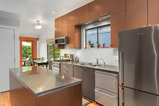 Photo 5: 5040 CHESTER Street in Vancouver: Fraser VE House for sale (Vancouver East)  : MLS®# R2490731