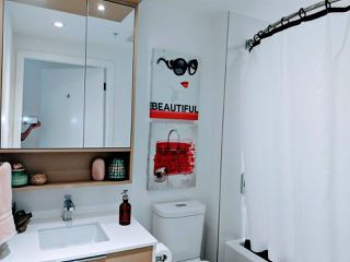 """Photo 8: 908 1661 QUEBEC Street in Vancouver: Mount Pleasant VE Condo for sale in """"VODA"""" (Vancouver East)  : MLS®# R2528421"""