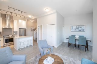 """Photo 5: TH1 1728 GILMORE Avenue in Burnaby: Willingdon Heights Townhouse for sale in """"ESCALA"""" (Burnaby North)  : MLS®# R2480300"""