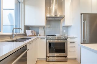 """Photo 9: TH1 1728 GILMORE Avenue in Burnaby: Willingdon Heights Townhouse for sale in """"ESCALA"""" (Burnaby North)  : MLS®# R2480300"""