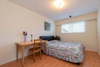 Photo 10: 985 E 55TH Avenue in Vancouver: South Vancouver House for sale (Vancouver East)  : MLS®# R2444076