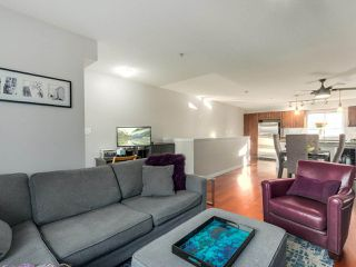 """Photo 5: 119 672 W 6TH Avenue in Vancouver: Fairview VW Townhouse for sale in """"BOHEMIA"""" (Vancouver West)  : MLS®# R2401186"""
