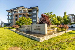 """Photo 35: 406 20062 FRASER Highway in Langley: Langley City Condo for sale in """"Varsity"""" : MLS®# R2461076"""