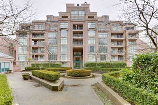 Photo 1: 304 2528 E BROADWAY in Vancouver: Renfrew Heights Condo for sale (Vancouver East)  : MLS®# R2527976