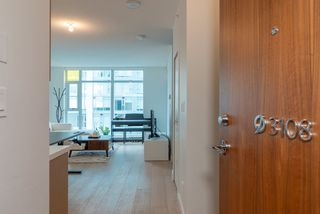 Photo 5: 3108 6588 NELSON Avenue in Burnaby: Metrotown Condo for sale (Burnaby South)  : MLS®# R2356032