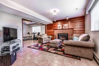 Photo 15: 6924 HYCREST Drive in Burnaby: Montecito House for sale (Burnaby North)  : MLS®# R2344391