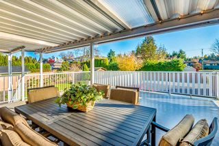 Photo 19: 6924 HYCREST Drive in Burnaby: Montecito House for sale (Burnaby North)  : MLS®# R2344391