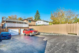 Photo 18: 6924 HYCREST Drive in Burnaby: Montecito House for sale (Burnaby North)  : MLS®# R2344391