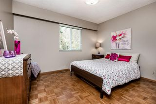 Photo 13: 6924 HYCREST Drive in Burnaby: Montecito House for sale (Burnaby North)  : MLS®# R2344391